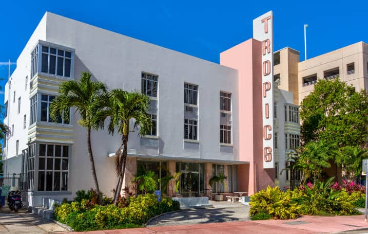 Tropics Hotel & Hostel Miami Beach